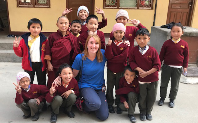 -photo-dental-therapist-becky-nepal